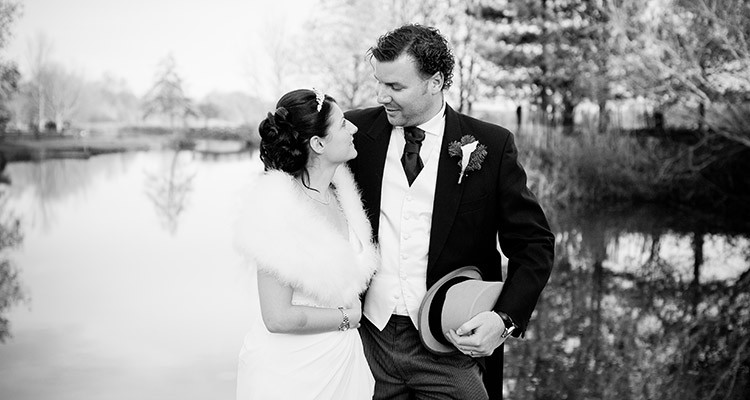 wedding photos Queens Head Riverside Inn