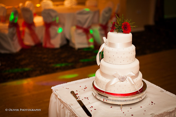 wedding cake peterborough the wedding cake no wedding is complete without one 23414