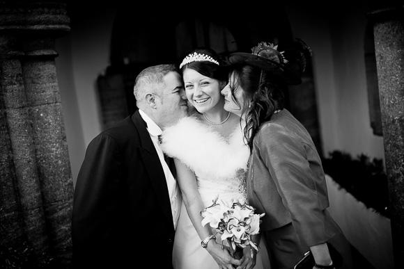wedding Queens Head Riverside Inn 044
