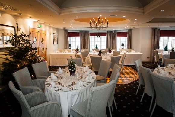 wedding Queens Head Riverside Inn 050