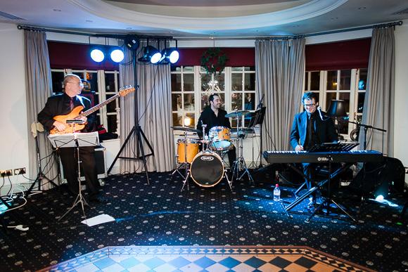 wedding Queens Head Riverside Inn 067