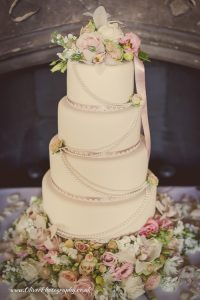 The Most Beautiful Wedding Cakes of 2013