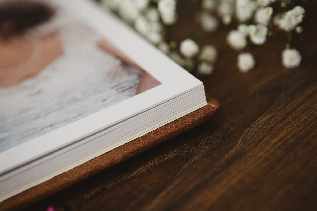 wedding albums's edge