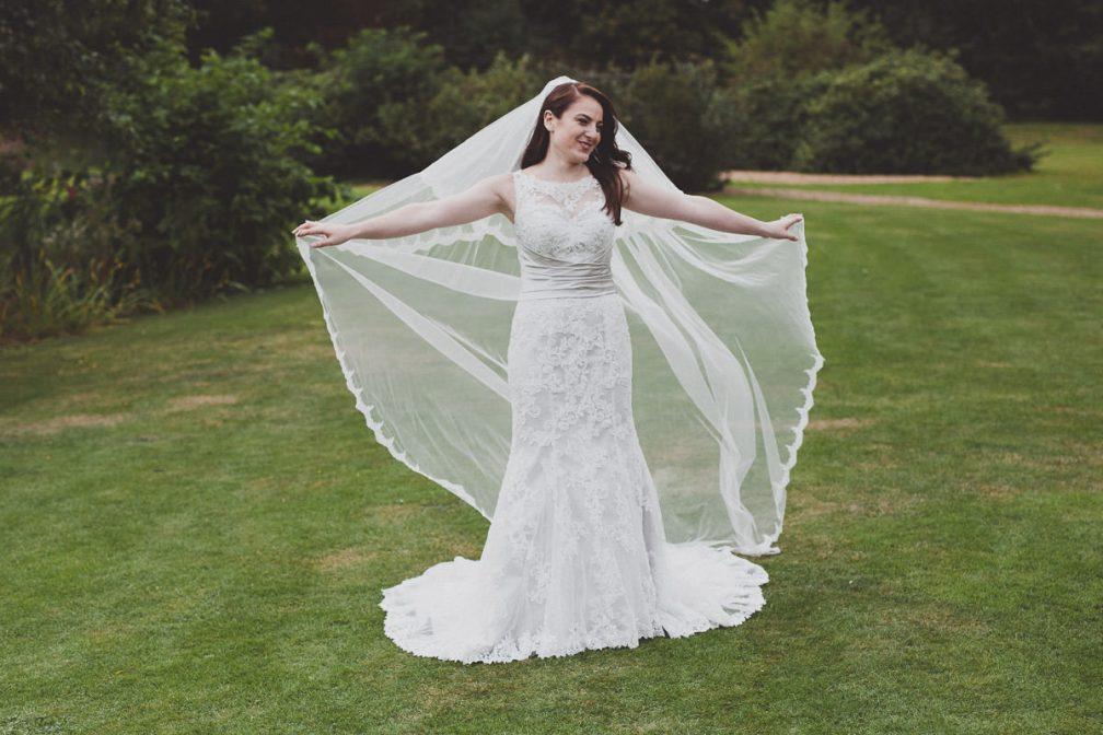 Lauren & Ian – Peterborough Marriott Hotel Wedding Photography