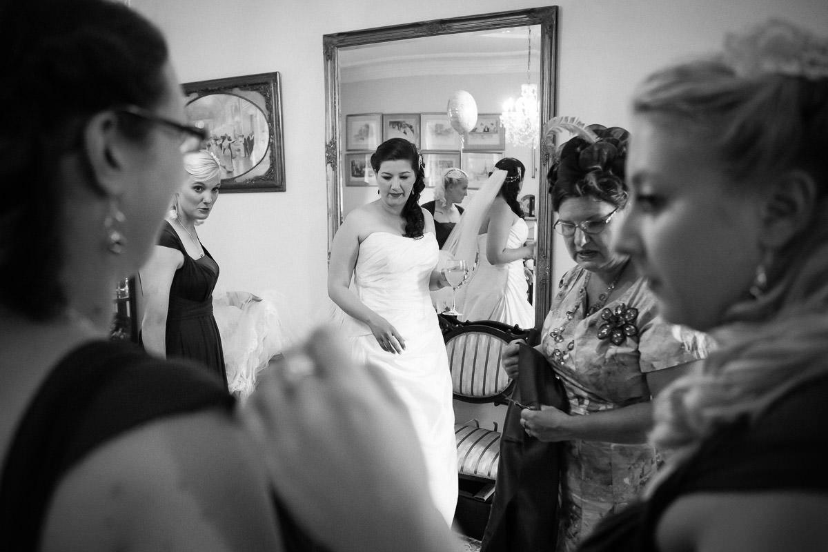 The-Haycock-Hotel-wedding-9